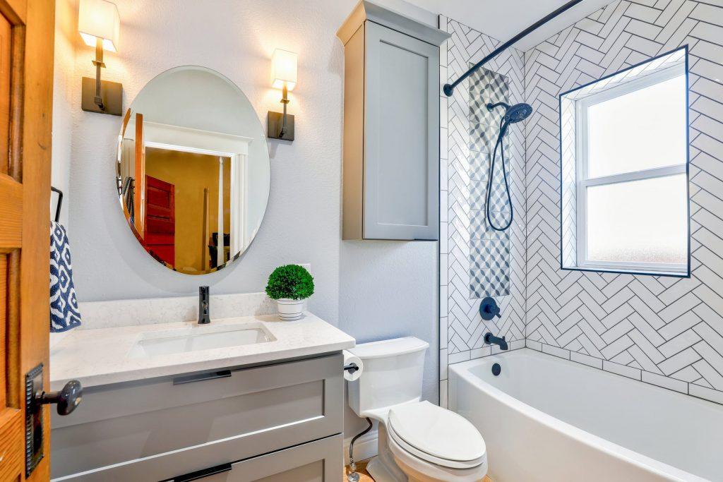 Houston bathroom cleaning service